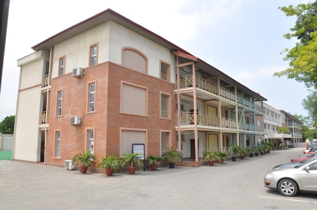The Lagos Preparatory School